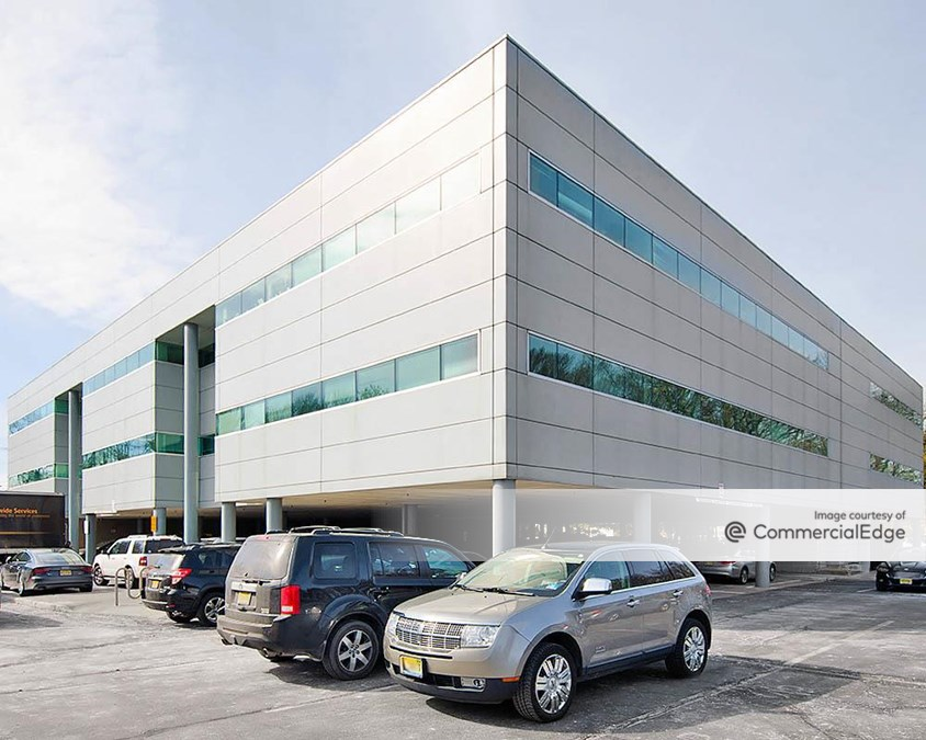 Totowa Commerce Center - 80, 100, 120 & 140 Commerce Way & 999 Riverview Drive