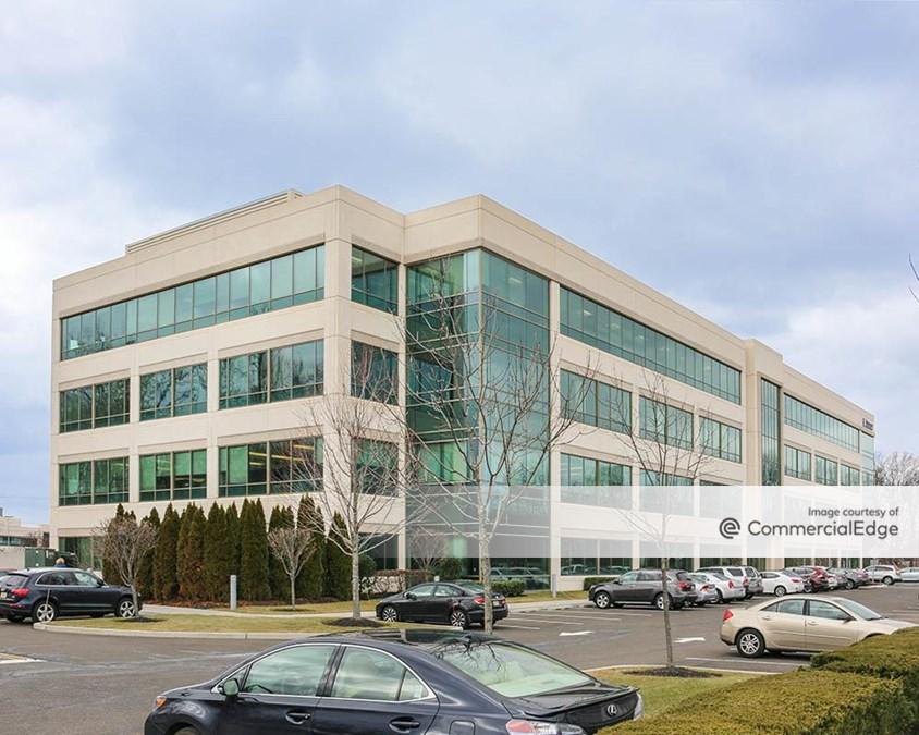 100 Princeton South Corporate Center
