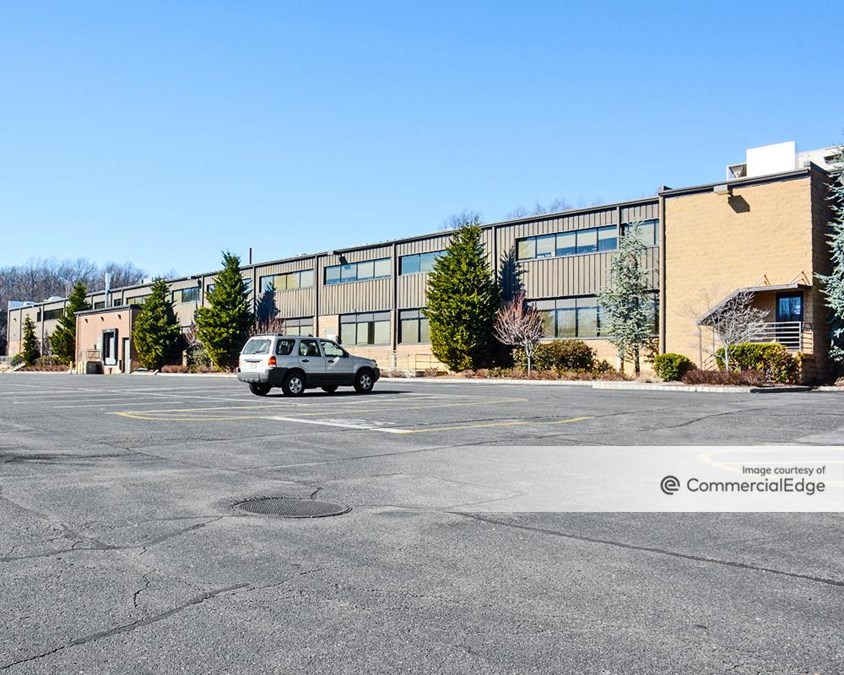 Mount Bethel Corporate Center - 35 Technology Drive