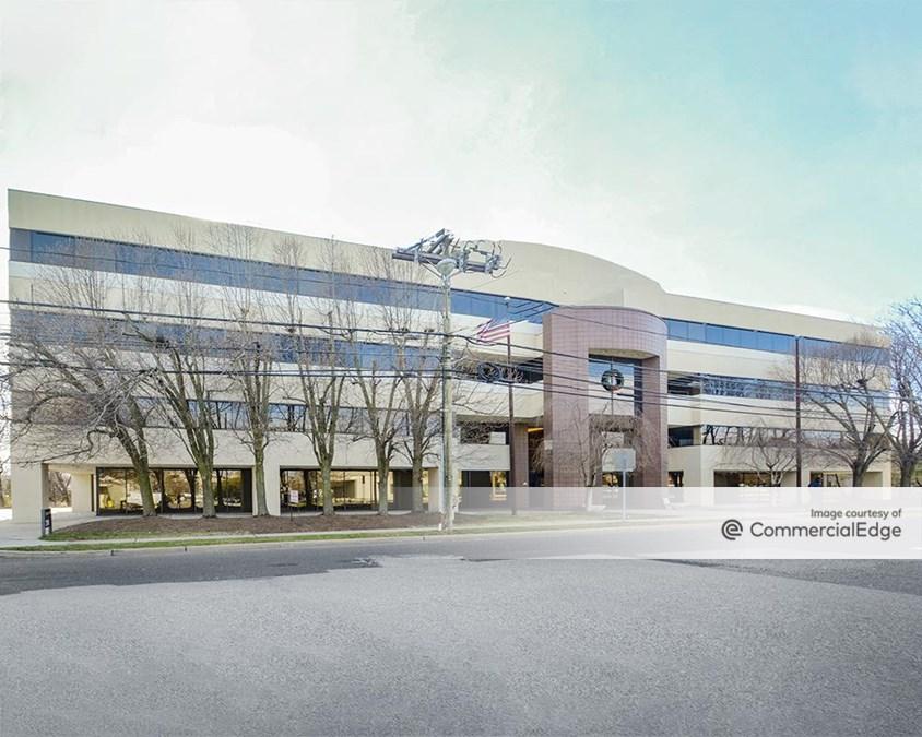 Sherbrooke Office Center II