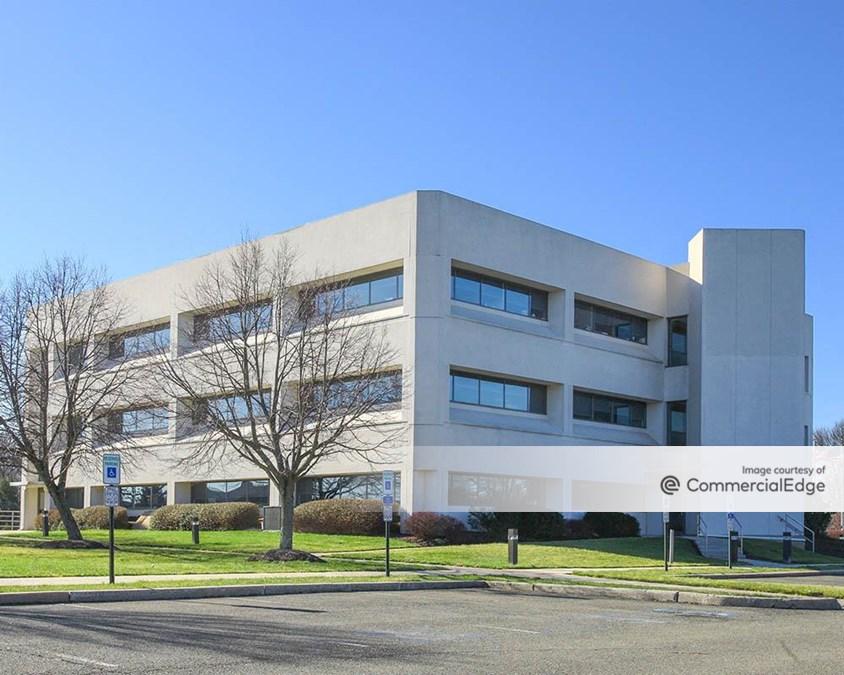 Princeton Pike Corporate Center - 1000 Lenox Drive