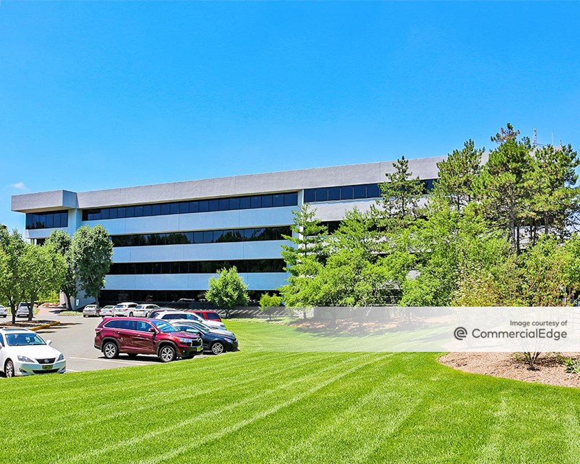 Eisenhower/280 Corporate Center - 101 Eisenhower Pkwy
