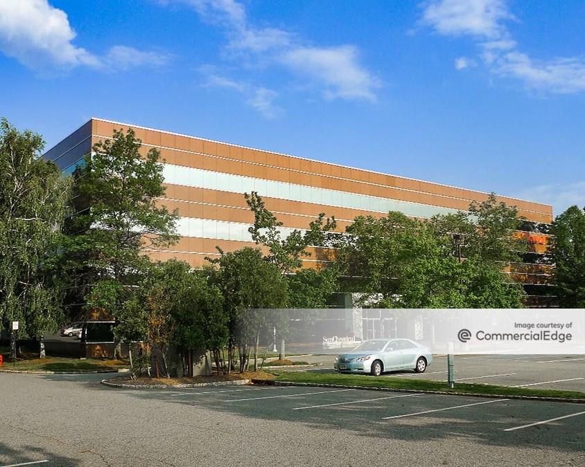 Waterview Corporate Center - 35 Waterview Blvd