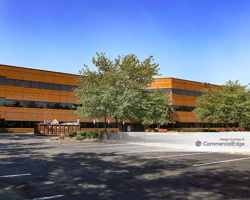 Halsey Corporate Center