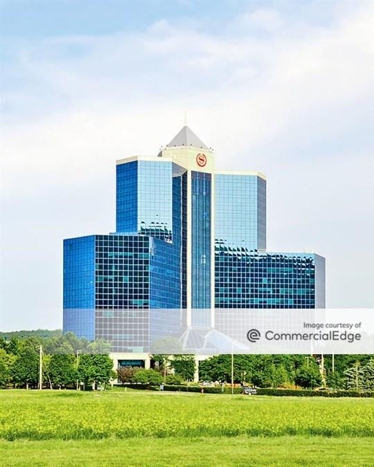 Crossroads Corporate Center