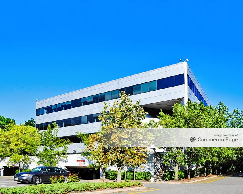 Eisenhower/280 Corporate Center - 103 Eisenhower Pkwy