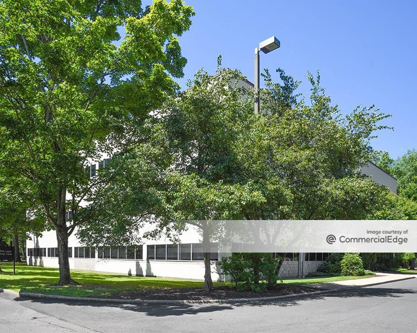 Princeton Forrestal Center - Hub 211
