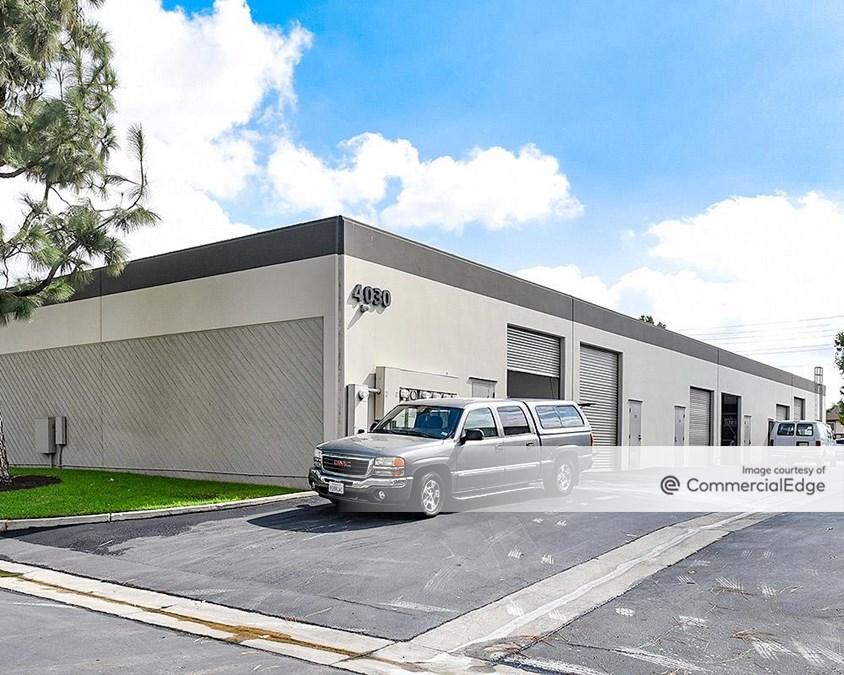 Fullerton Business Center - 4010-4080 North Palm Street
