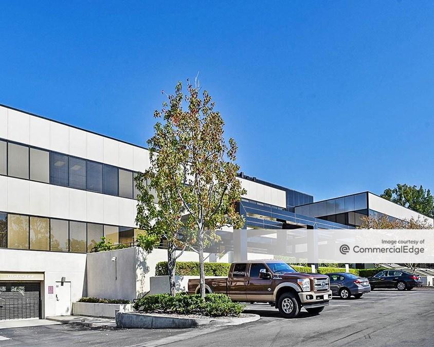 CrestView Corporate Center