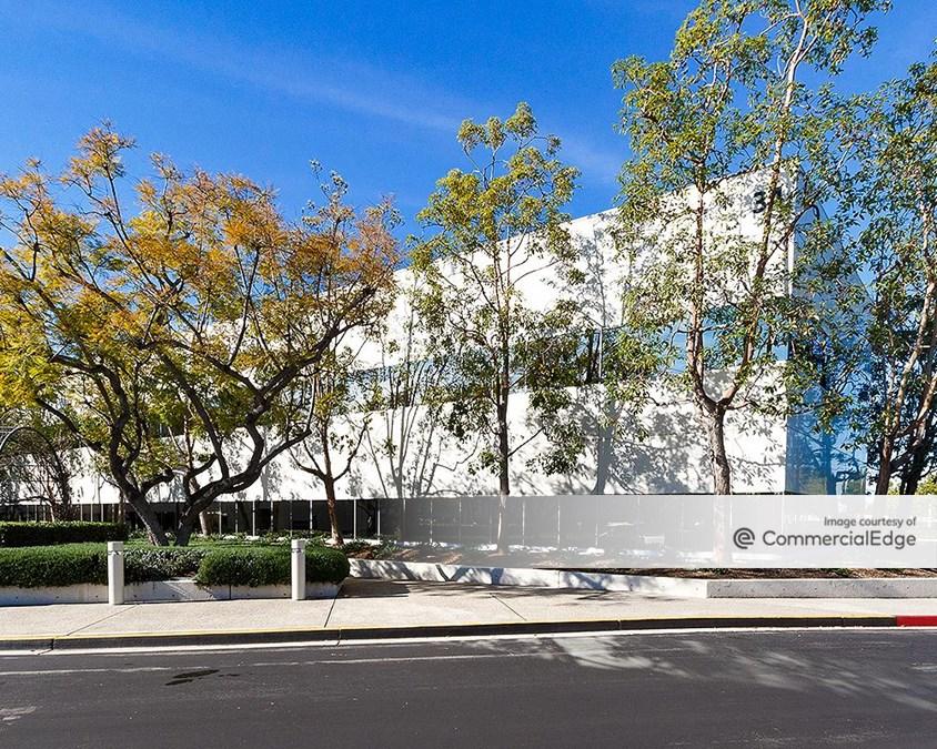 Executive Park - 34 & 36 Executive Park