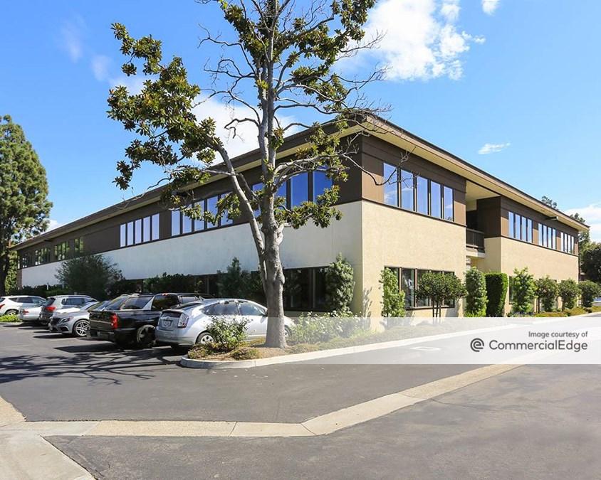 Central Pointe Business Centers - Granada Plaza