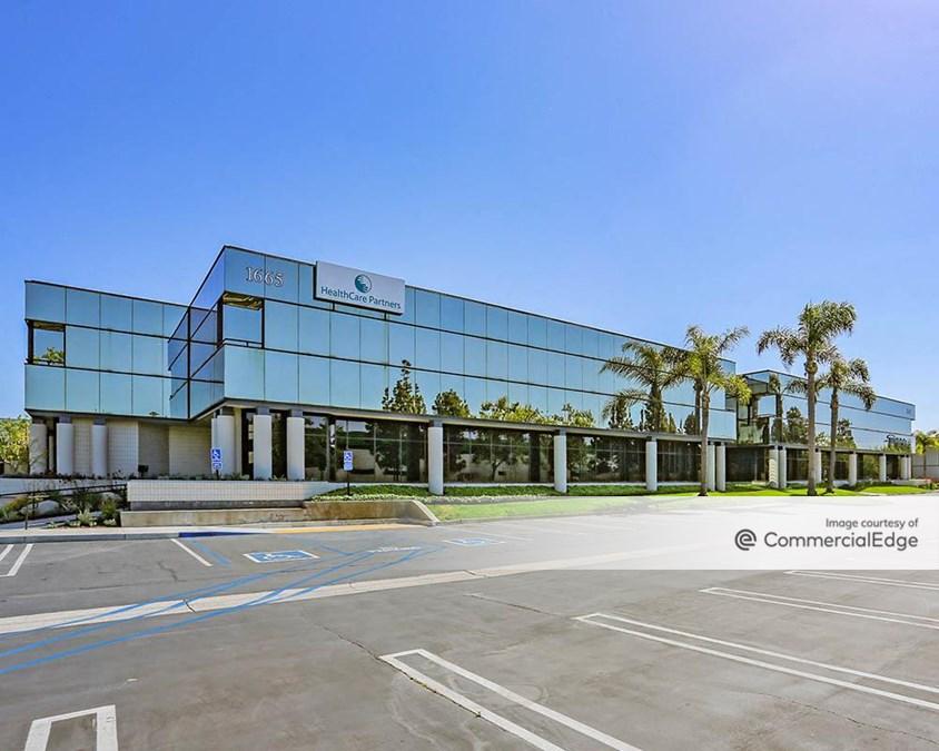Scenic Business Park - 1665 Scenic Avenue