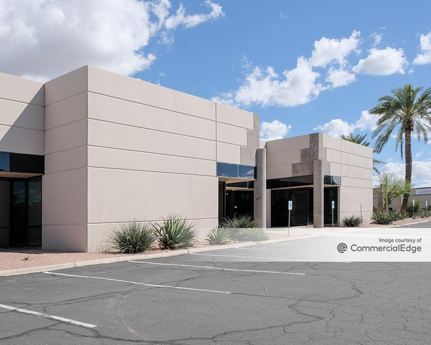 East Valley Commerce Plaza