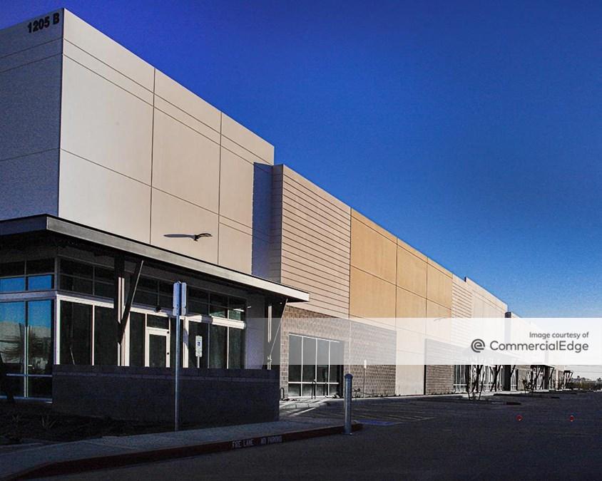 Hamilton Commerce Center
