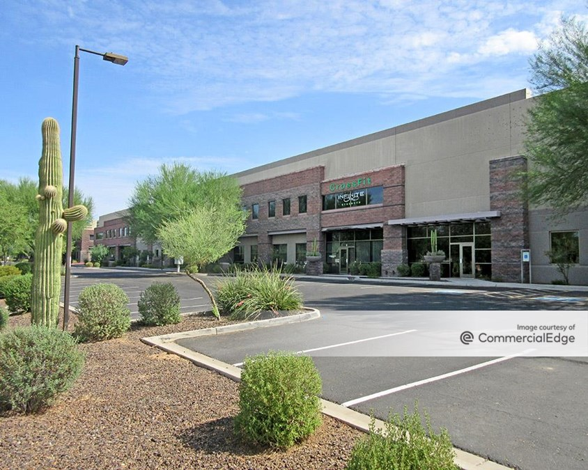 Pima Center - 8425-8465 North 90th Street