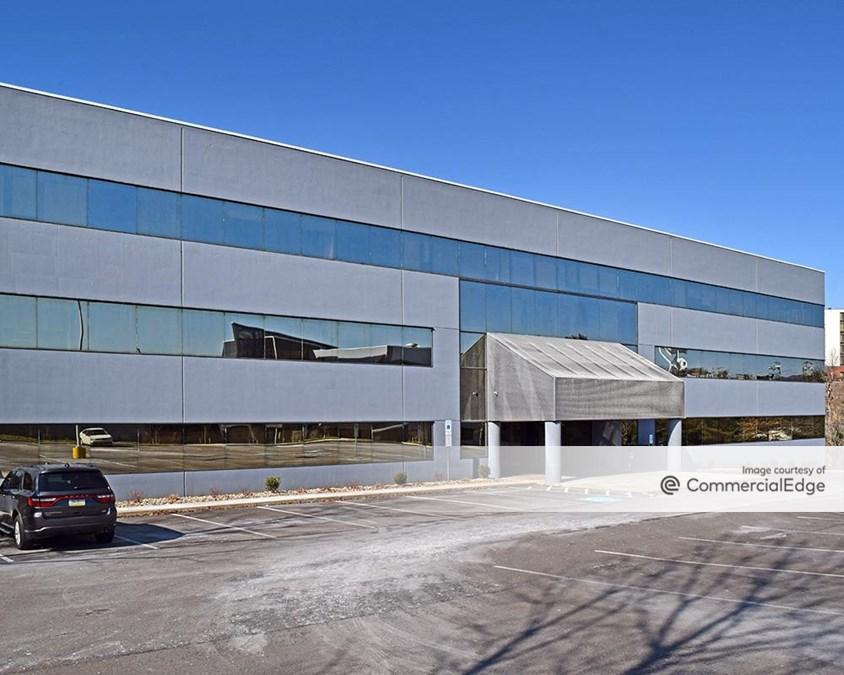 1 Marquis Corporate Center