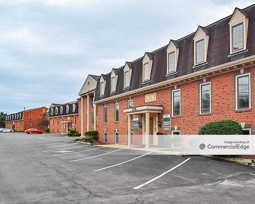 Fox Chapel Office Center - 1370-1384 Old Freeport Road