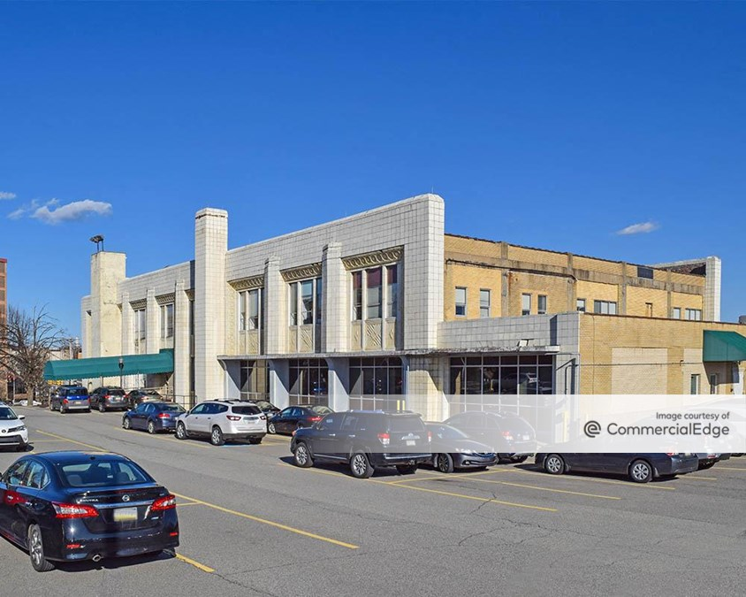 Magee-Womens Hospital of UPMC - Magee Medical Building