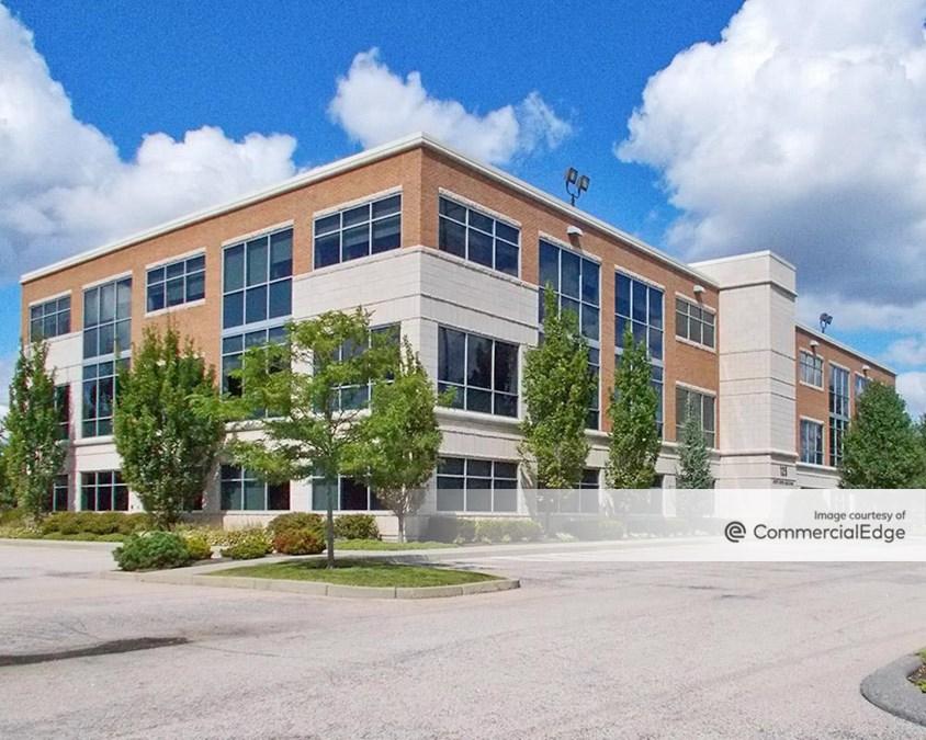 Metro East Office Park - 125 Metro Center Blvd