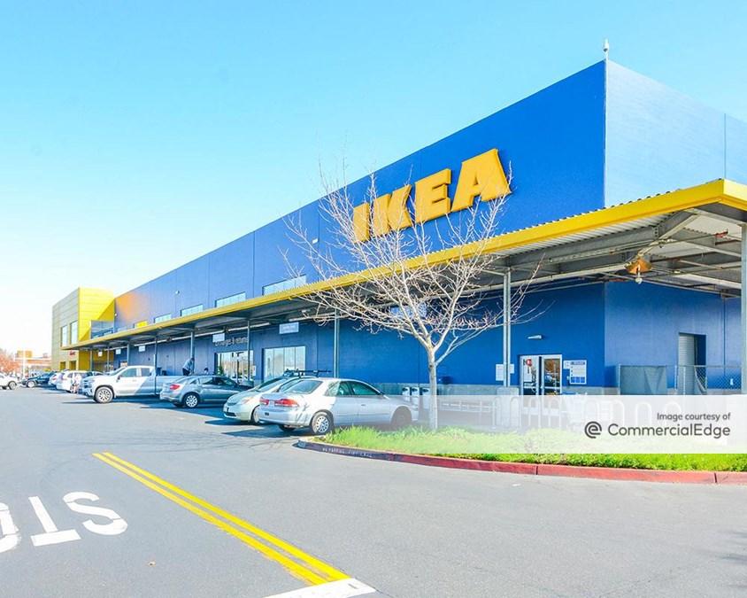 Riverpoint Marketplace - 700 Ikea Court