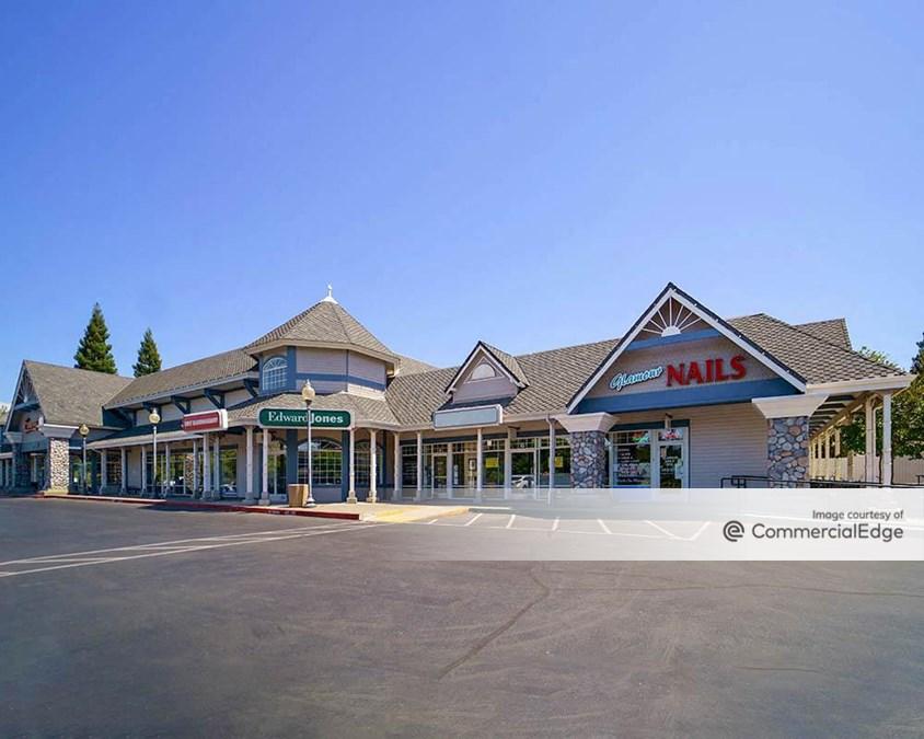 Folsom Village Shopping Center