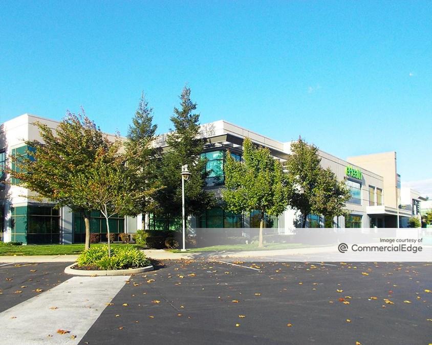 Gold Pointe Corporate Center - Building E