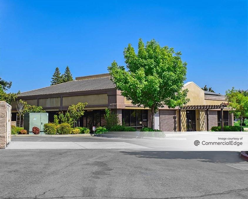 Sunset Medical & Professional Plaza