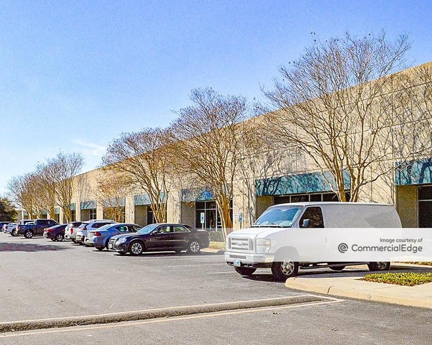 Brookhollow Business Center