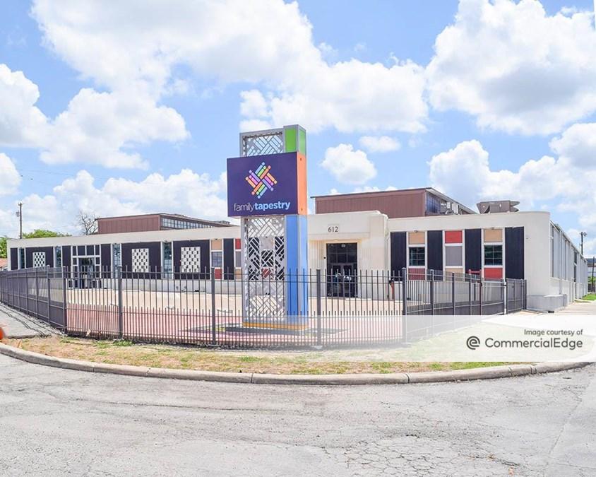 612 Nogalitos Street