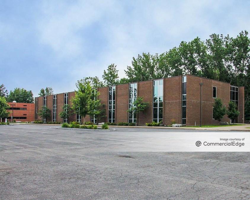 Macknight Bacon Professional Center