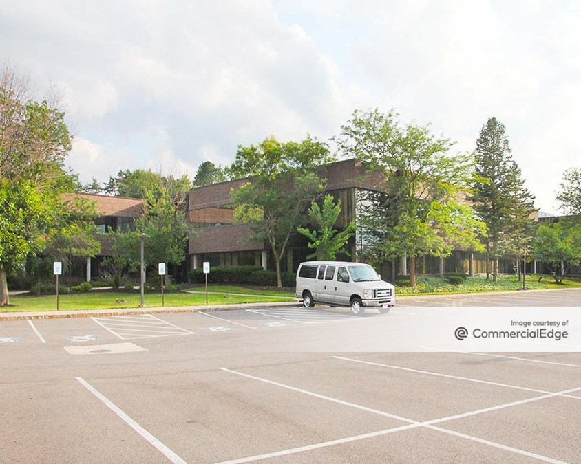 Widewaters Office Park - 5788 Widewaters Pkwy