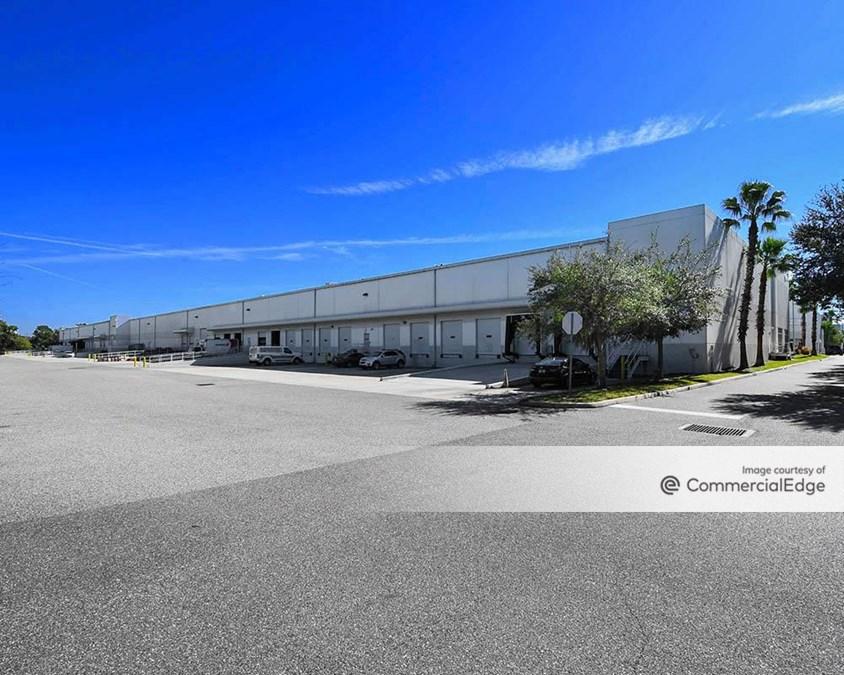 Eagle Creek Business Center - Building I