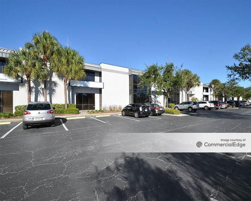 580 Corporate Center