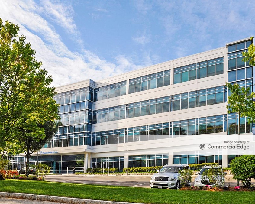 Reservoir Woods West Campus - 920-940 Winter Street