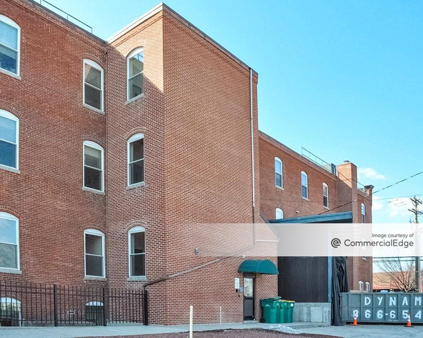 21 East Hollis Street