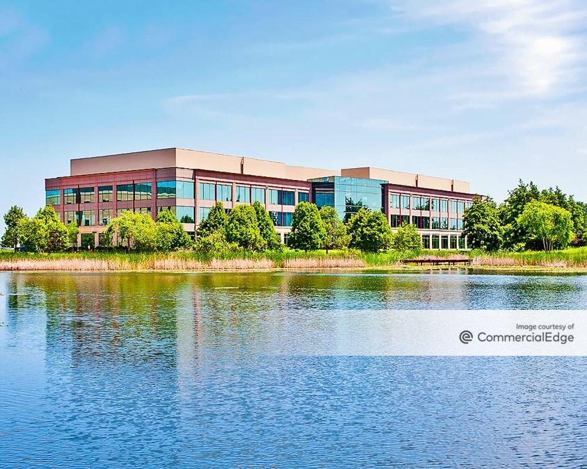 Prairie Stone Corporate Center