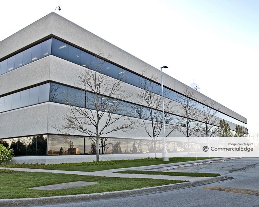 Medline Industries Corporate Headquarters - 1200 Townline Road