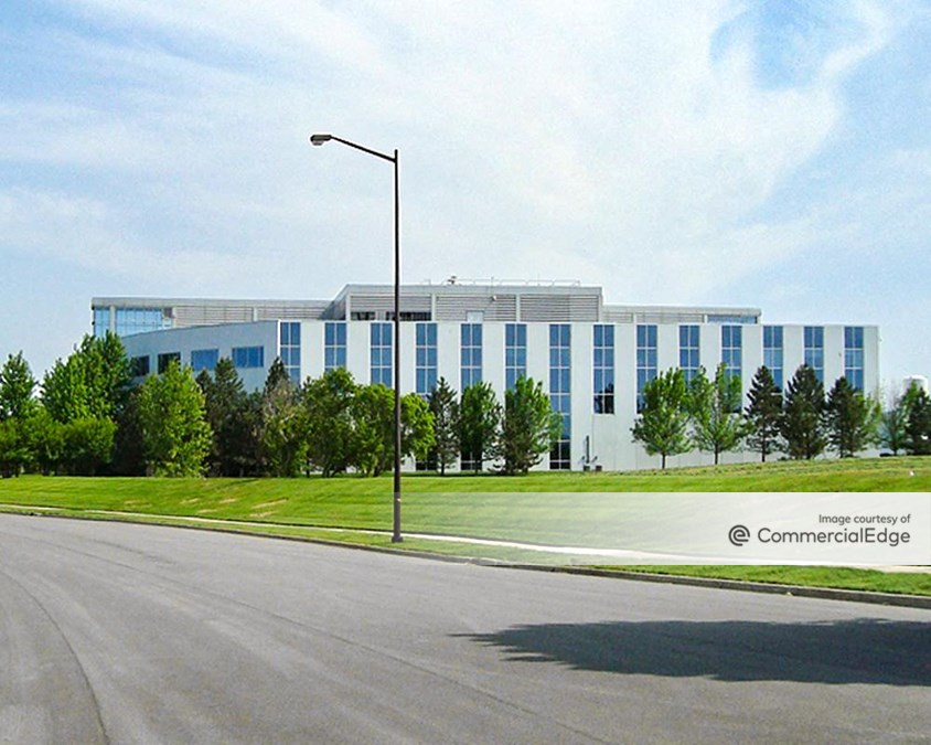 Meridian Business Campus - 870 North Commons Drive