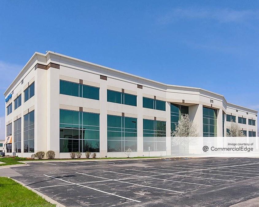 Randall Point Executive Center - 2175 Point Blvd