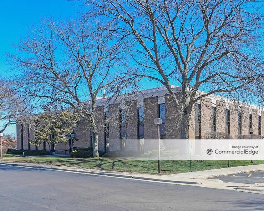 1930 & 2000 North Lewis Avenue