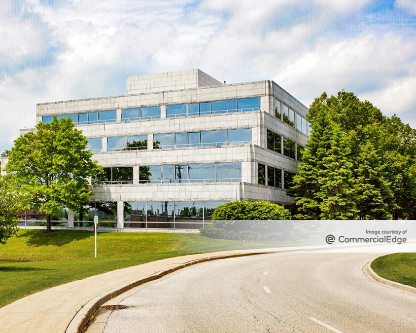 Corporate 500 Centre - 500 Lake Cook Road