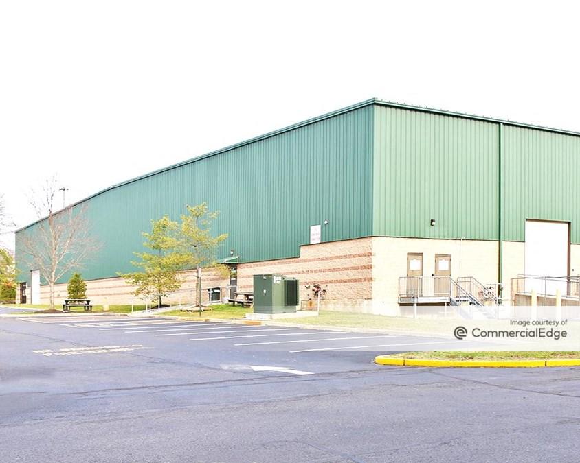 259 Burlington Business Center - Building 100