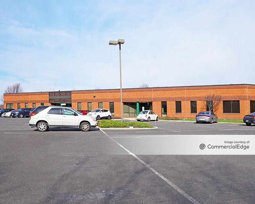 Gateway Business Park - 200 East Park Drive