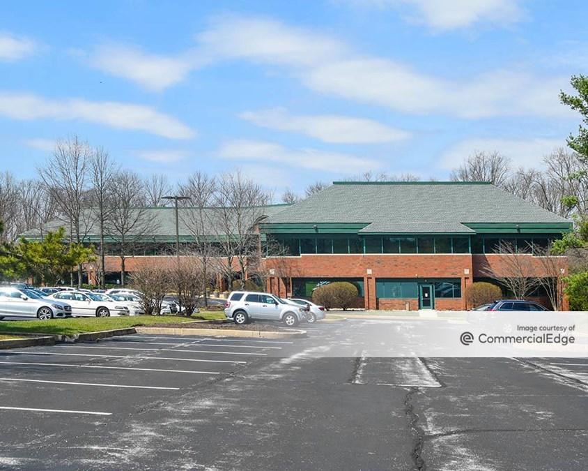 19 Campus Blvd