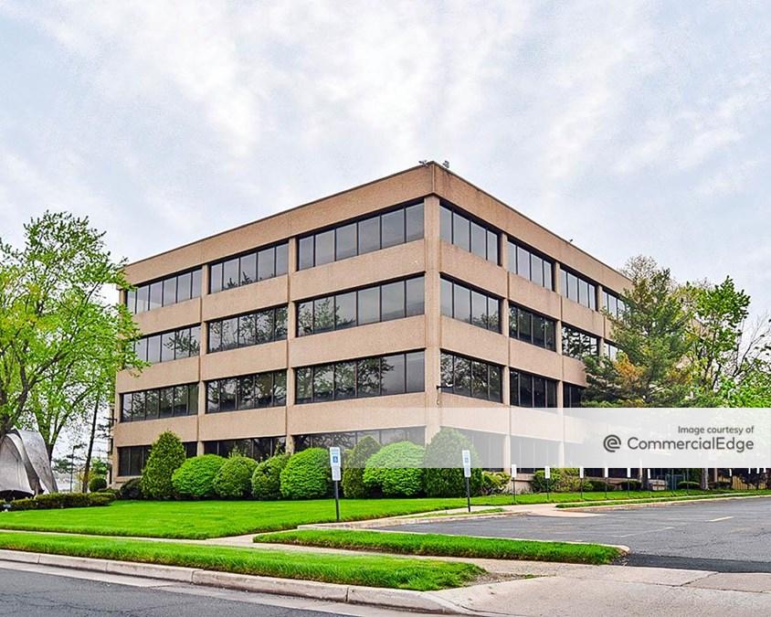 Kevon Office Center
