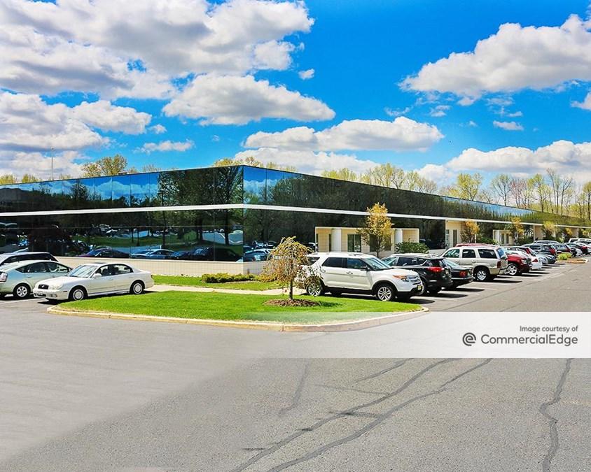 Horizon Corporate Center - 2000 Crawford Place & 3000 Atrium Way