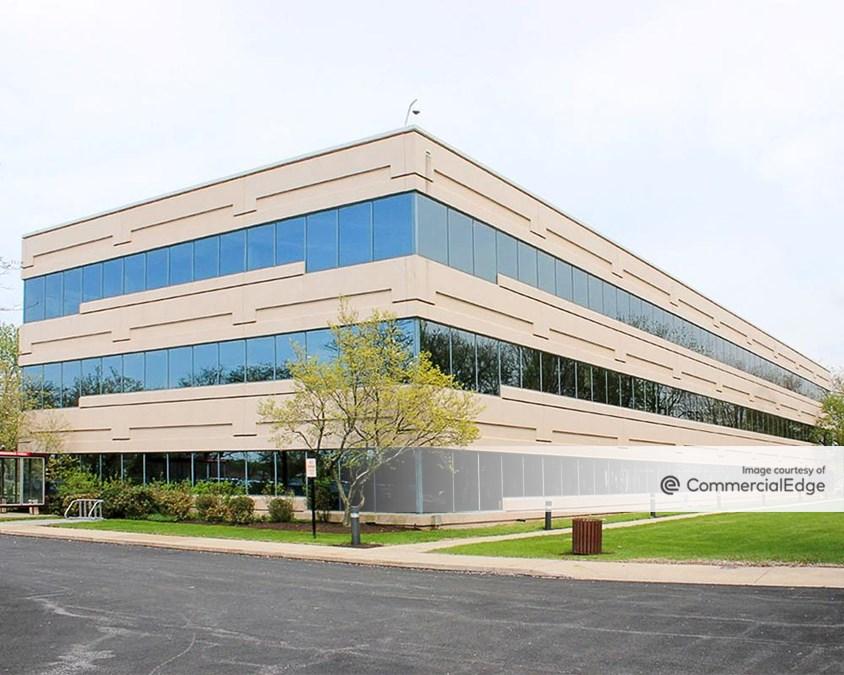 Airport Business Center - 100 Stevens Drive