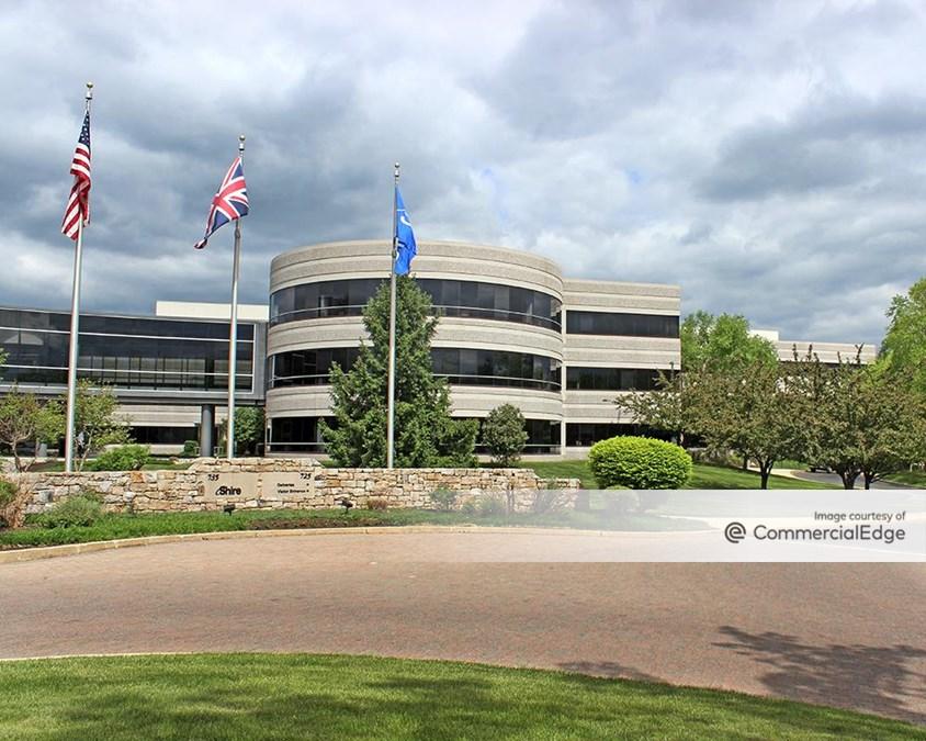 Chesterbrook Corporate Center - 725 & 735 Chesterbrook Blvd