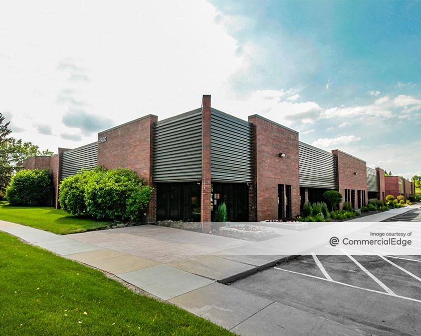 Minnetonka Corporate Center - 5900-5950 Clearwater Drive