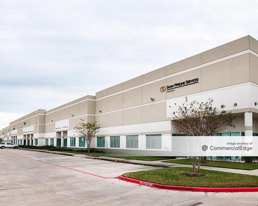World Houston International Business Center - Buildings 24 & 27